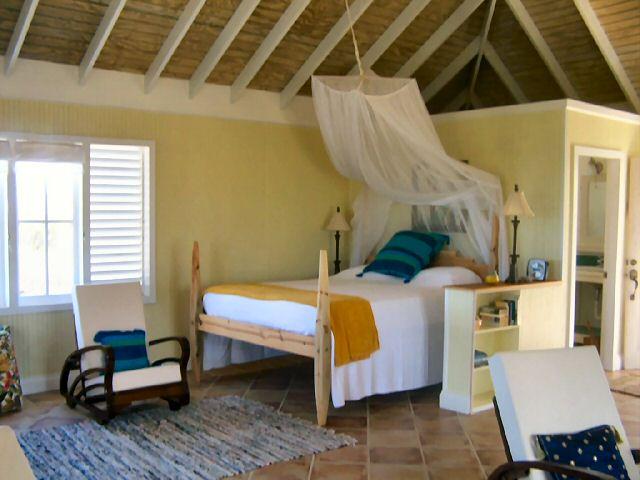 Moon View Studios - Bedroom