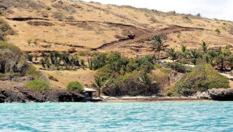 Issac Hill, Mamora Bay